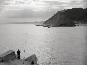 pescador en ondarroa_Javier Ferdo